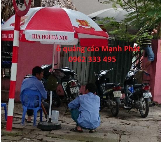 ô dù quảng cáo Bia Hà Nội