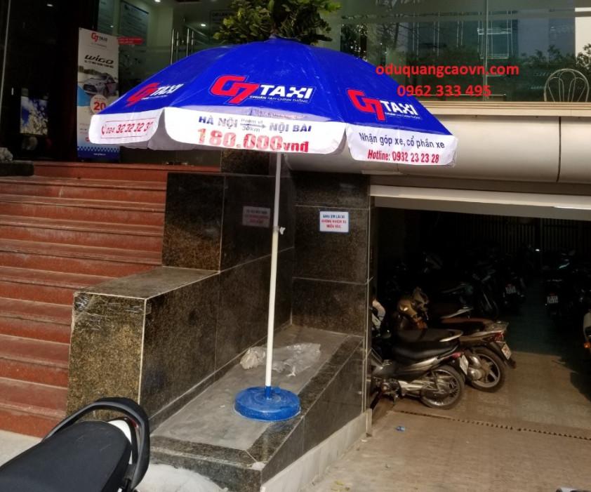 ô quảng cáo tại hãng Taxi G7
