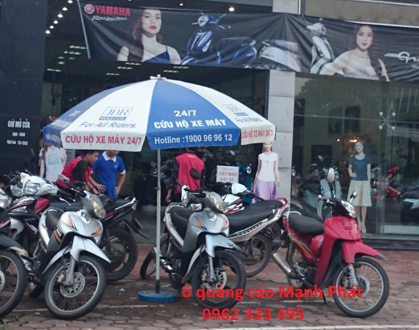 ô quảng cáo tại xe máy Yamaha