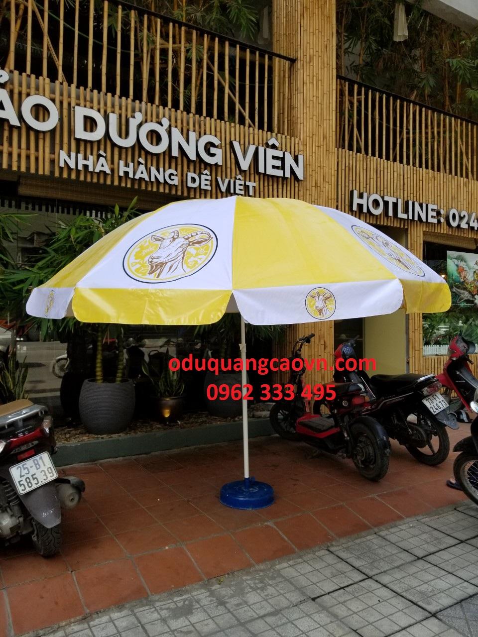 ô dù quảng cáo 3m tại Nhà Hàng Dê Việt