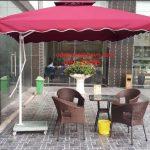 ô dù cafe màu đỏ đô